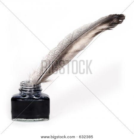 Tintero y pluma