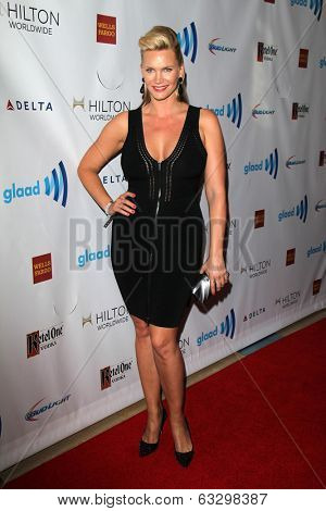 LOS ANGELES - APR 12:  Natasha Henstridge at the GLAAD Media Awards at Beverly Hilton Hotel on April 12, 2014 in Beverly Hills, CA