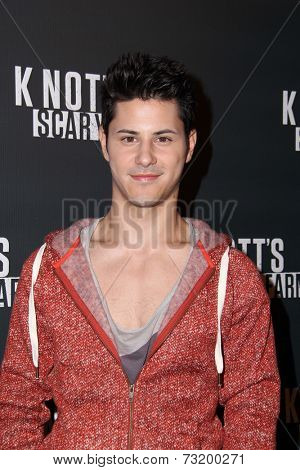 LOS ANGELES - OCT 3:  Michael J Willett at the Knott's Scary Farm Celebrity VIP Opening  at Knott's Berry Farm on October 3, 2014 in Buena Park, CA