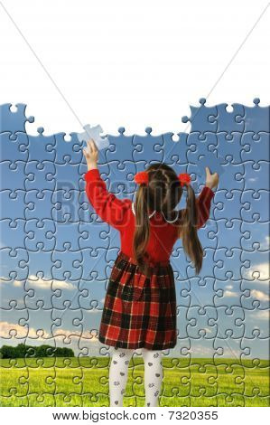 The Girl Assemble Big Puzzle