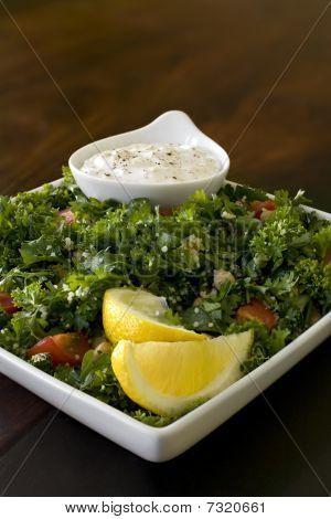 Tabbouleh Salad With Dip