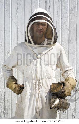 Regal Beekeeper
