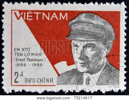 VIETNAM - CIRCA 1987: A stamp printed in Vietnam shows portrait of Ernst Thalmann circa 1987