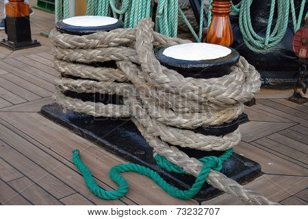 A bunch of rigging ropes