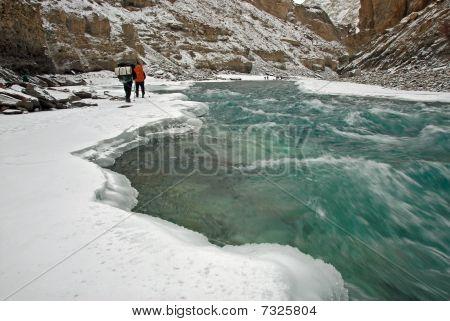Trek congelado río Zanskar (Chaddar) -1