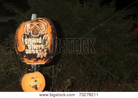 LOS ANGELES - OCT 4:  Grand Theft Auto Carved Pumpkin at the RISE of the Jack O'Lanterns at Descanso Gardens on October 4, 2014 in La Canada Flintridge, CA