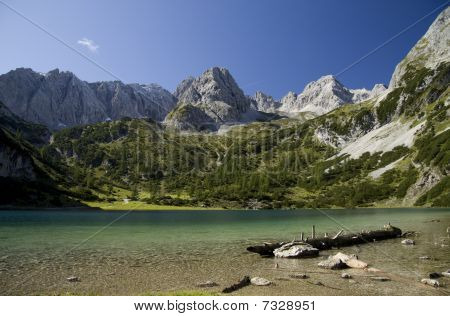 Dragonkopf mountain and Seebensee lake