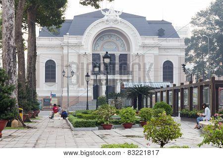 Gardens & Opera House