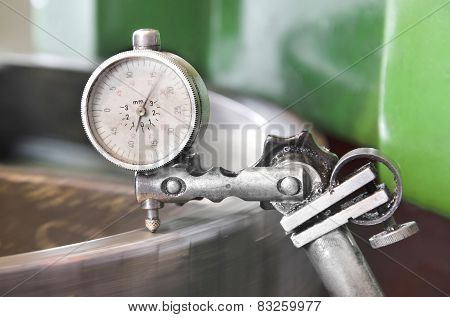 metal workshop cogwheel dial gauge instrument