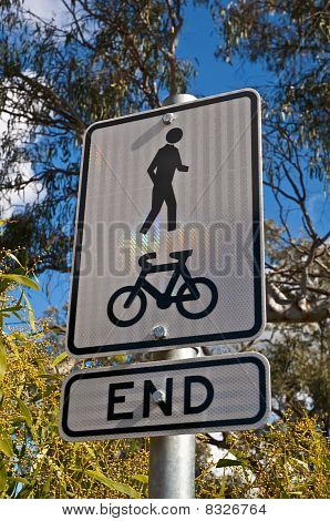 Shared Bike & Foot path Ends in the Australian Bush