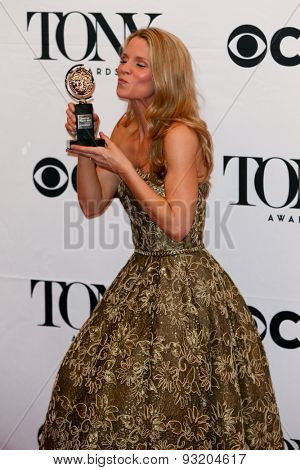 NEW YORK-JUN 7: Actress Kelli O'Hara holds her trophy at the American Theatre Wing's 69th Annual Tony Awards at Radio City Music Hall on June 7, 2015 in New York City.