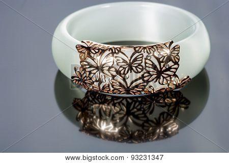 Female plastic bracelet