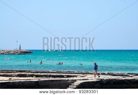 Arenal summer beach