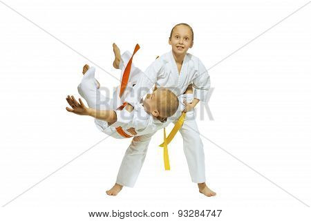 Children are training judo throws