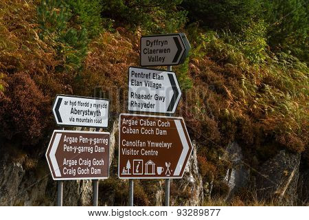 Road Signs, Elan Valley Reservoirs, Welsh English Bilingual