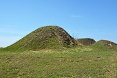 pic of prophets  - Burial mound - JPG