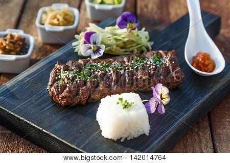 Korean cuisine, Beef barbecue Yakiniku with kimchi