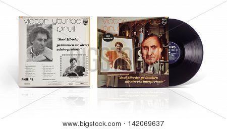 Rishon Le Zion Israel-July 31 2016: Old used vinyl album Victor Yturbe Piruli con mariachi Jose Alfredo: Yo tambien me atrevi a interpretarte. The LP was printed in Mexico by Polydor S.A. De C.V. in 1976 under Philips label LPR 15131