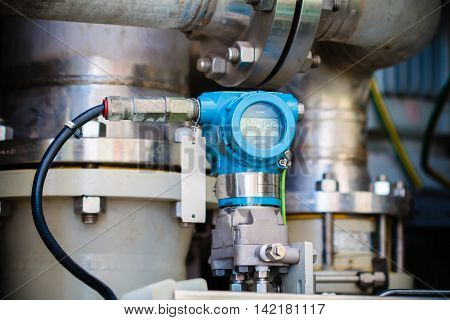 Pressure transmitter in oil and gas process send signal to controller and reading pressure in the system.