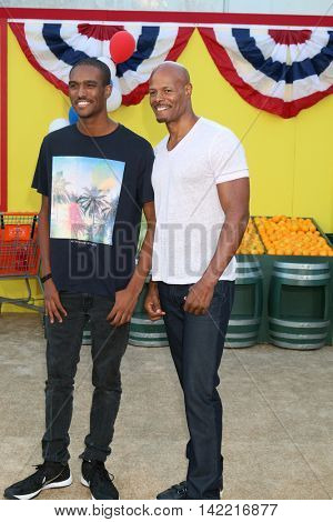LOS ANGELES - AUG 9:  son, Keenen Ivory Wayans at the
