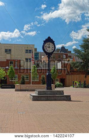 Clock In The Kogan Plaza In Washington University Campus