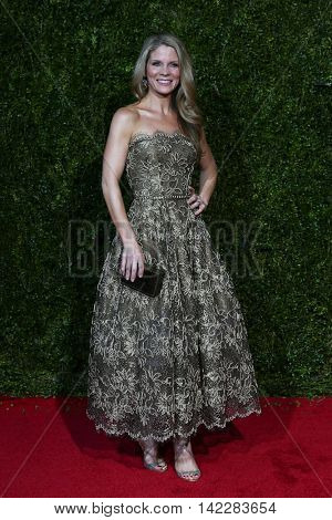 NEW YORK-JUN 7: Actress Kellie O'Hara attends American Theatre Wing's 69th Annual Tony Awards at Radio City Music Hall on June 7, 2015 in New York City.