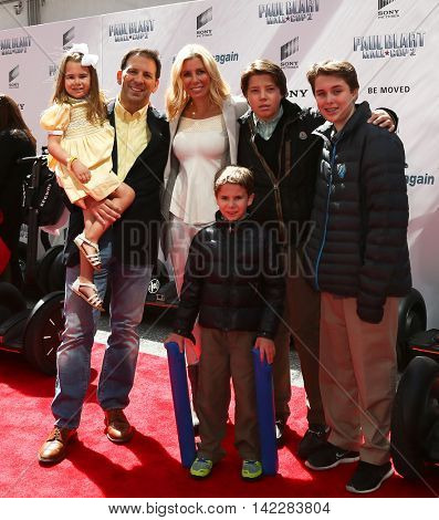 NEW YORK-APR 11: TV personality Aviva Drescher (C) and family attend the world premiere of