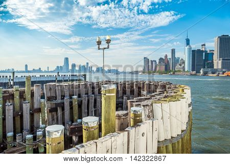 Governors Island - New York City: pier of ferry to Manhattan