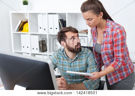 Communicating Businesspeople