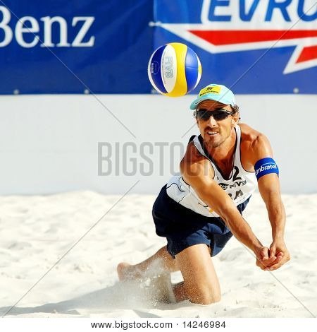 PRAGUE - JUNE 18: Alison & Emanuel team compete at SWATCH FIVB World Tour 2010 June 18, 2010 Prague