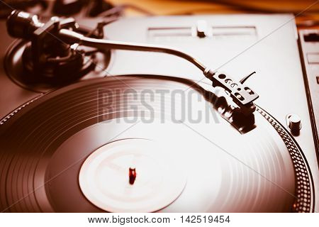 Professional Turntable Audio Vinyl Record Music Player