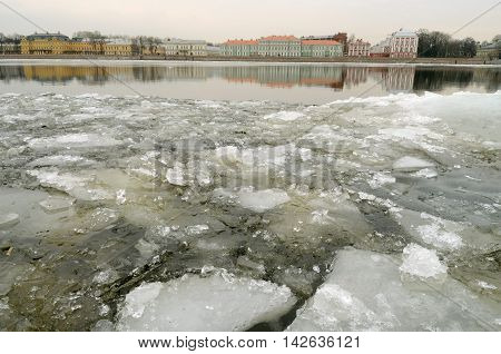 Spring has come.Began to melt the ice on the river.
