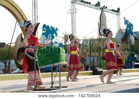 BANGKOK ,THAILAND - APRIL 20 , 2015 : Unidentified Thai dancer perform traditional Thai dance during festival on The 233 rd Year of Rattanakosin City on April 20,2015 in Bangkok,Thailand. The show is open free for public.
