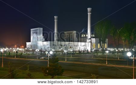Tashkent, Uzbekistan - August 02, 2015: Minor Mosque - a new mosque in the capital of Uzbekistan in Tashkent. The mosque is located on the Bank of Ankhor river.