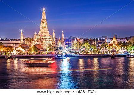 Wat Arun night view Temple in bangkok Thailand