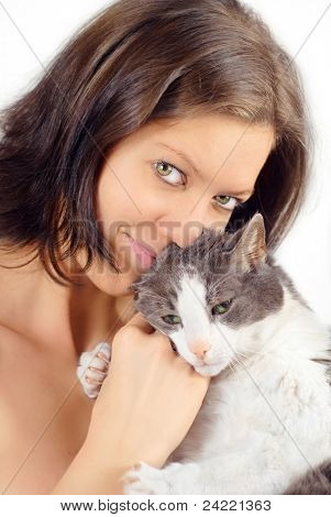 Young woman skin-tight with her old cat