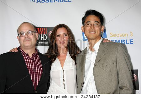 LOS ANGELES - OCT 10:  Rob Barnett, Carly Craig, and guest arrive at the Web-series