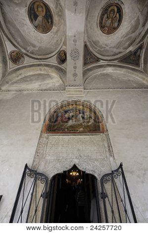 Eingang zur Kirche St. George - Bukarest, Rumänien