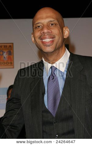 LOS ANGELES - FEB 12: Kareem Abdul Jabbar at the 'A Tribute to Magic Johnson - The official tip-off to NBA All-Star 2004 Entertainment' on February 12, 2004 in Los Angeles, California