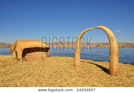 House And Arch Uros Reed Floating Island