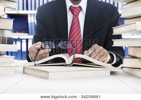 Reading Business Books