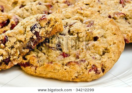 Close up of oatmeal cranberry cookies