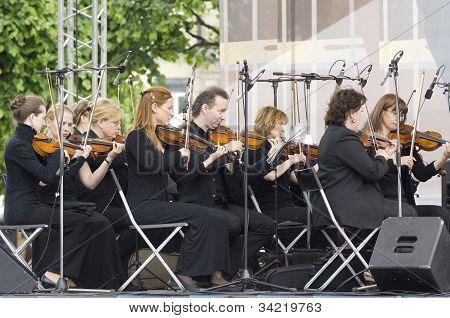 Symphonic Orchestra Of A Name Of V. Solovyev-sedoy