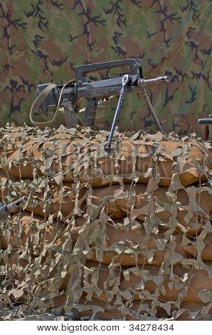 firearm FAMAS