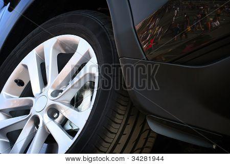 Aluminum Rim And Tire