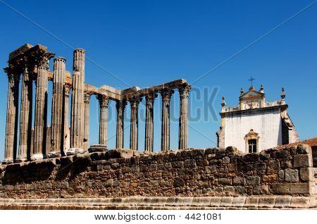 Portugal, Alentejo, Évora: Templo de Diana