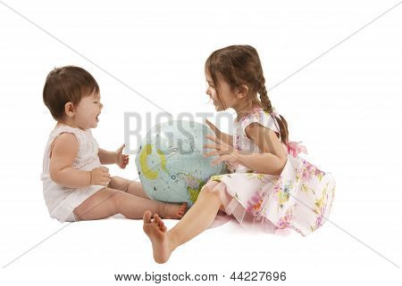 Girls With A Globe