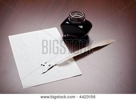 Pena, tinta e papel