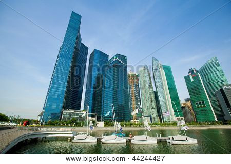 SINGAPORE - APRIL 15: A view of city in Marina Bay business district on April 15, 2012 on Singapore. Asian financial center, city state is one of the most dynamically developing countries in the world