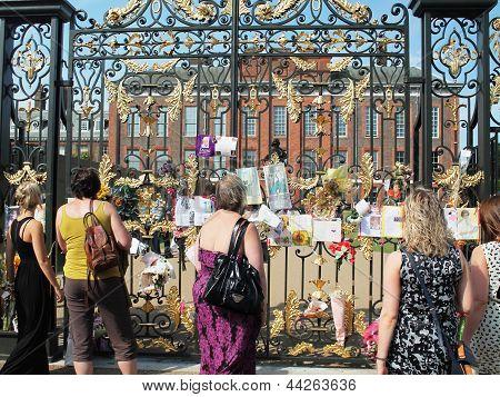 LONDON, ENGLAND - SEPTEMBER 9, 2012: Kensington Palace on September 9, 2012 in London, England.